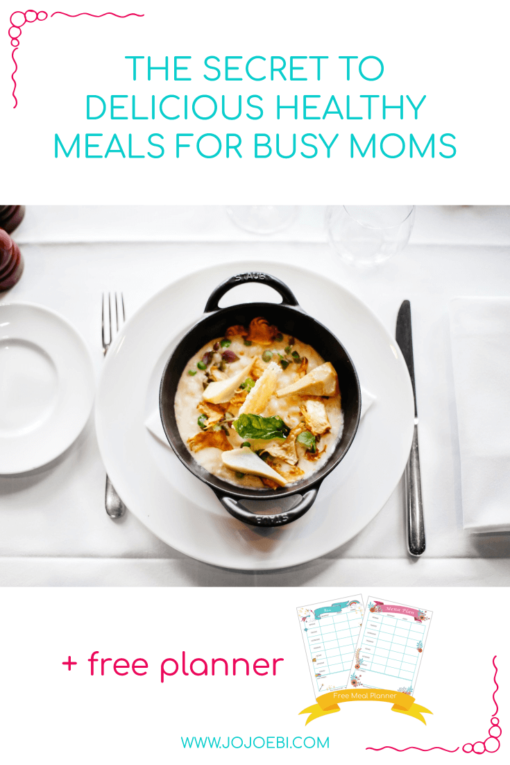 The Secret To Delicious Healthy Meals For Busy Moms | bowl of delicious stew and free meal planner| #mealplanner #mompreneur